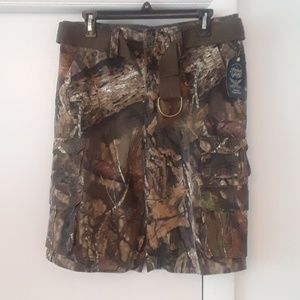 Camo Cargo Faded Glory Shorts with belt NWT
